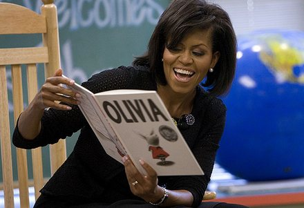 Michelle Obama reads to children