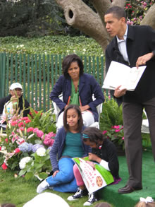 President Obama reads to children